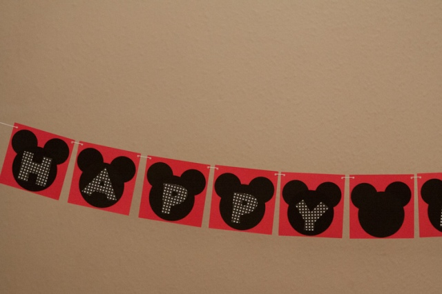 4-MickeyBirthday-4